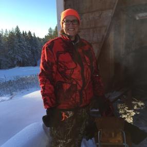 Annika hängde med på jakt en kall dag i november.